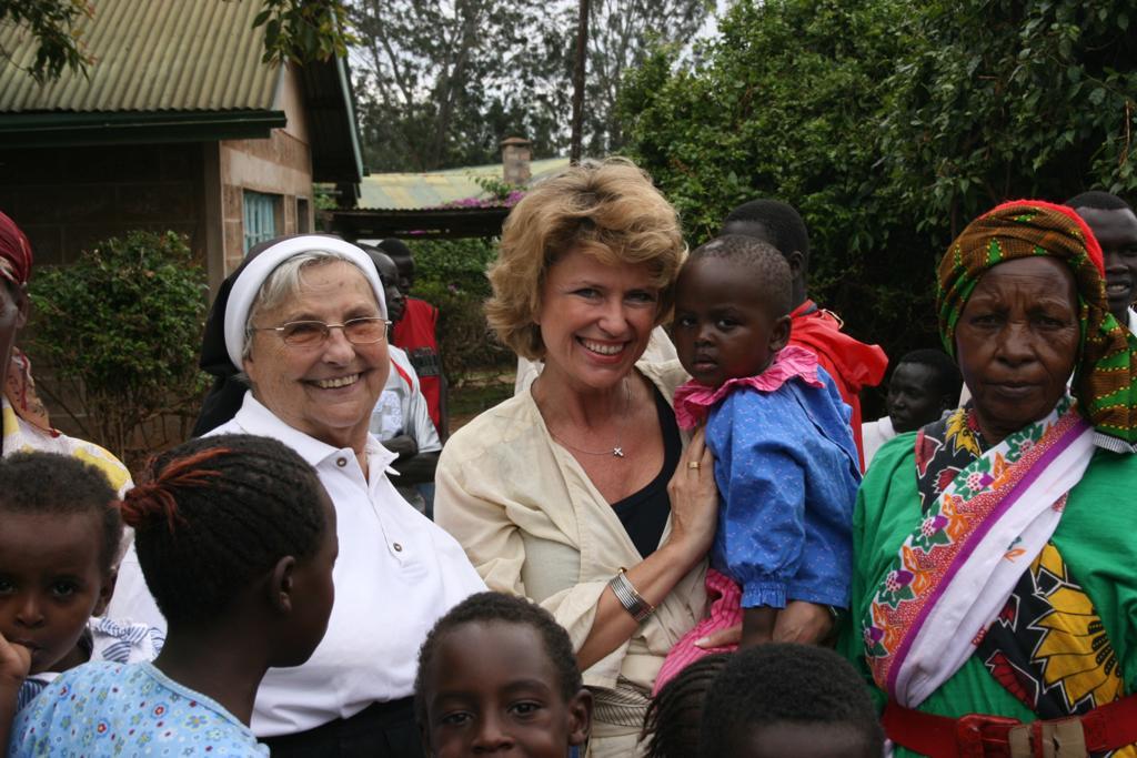 Dagmar Wöhrl - Emanuel Wöhrl Stiftung - EIn Herz für Kinder